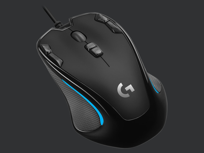 https://resource.logitechg.com/e_trim/w_652,ar_4:3,c_limit,q_auto:best,f_auto/w_692,h_519,c_lpad,b_rgb:2f3132,dpr_auto/content/dam/gaming/en/products/g300s/g300s-gallery-4.png?v=1