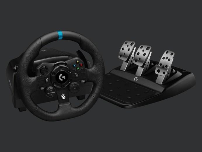Logitech presenta su nuevo volante G923 TRUEFORCE para Xbox One 3