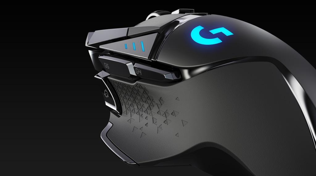 G502 LIGHTSPEED | グリップにクローズアップした図